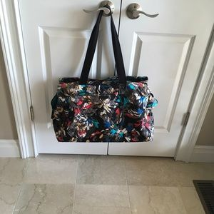 Vera. Bradley Lrg Bag for Baby, pool tote, etc